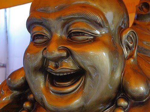 laughter-therapy-laughing-buddha optri