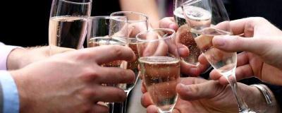 champagne trinquer