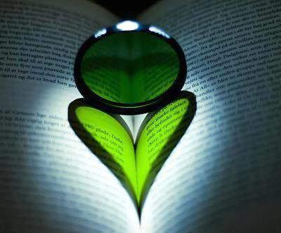 Les bonnes intentions à la lettre ? Amour-livre