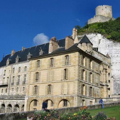 2 Château_de_La_Roche-Guyon