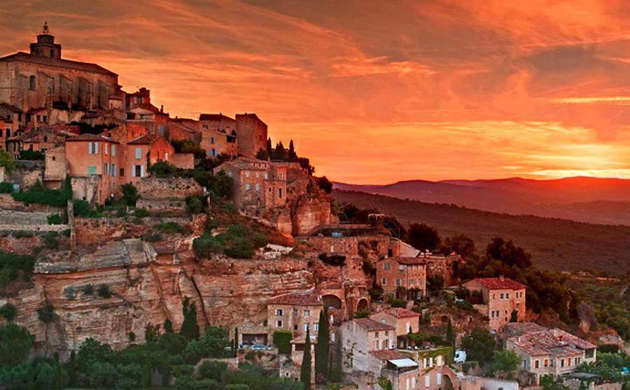 Laissez vous charmer par l 39 un des 10 plus beaux villages for Beau village autour de toulouse