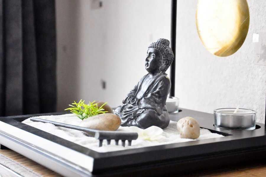 huit activit s cr atives pour se d tendre. Black Bedroom Furniture Sets. Home Design Ideas