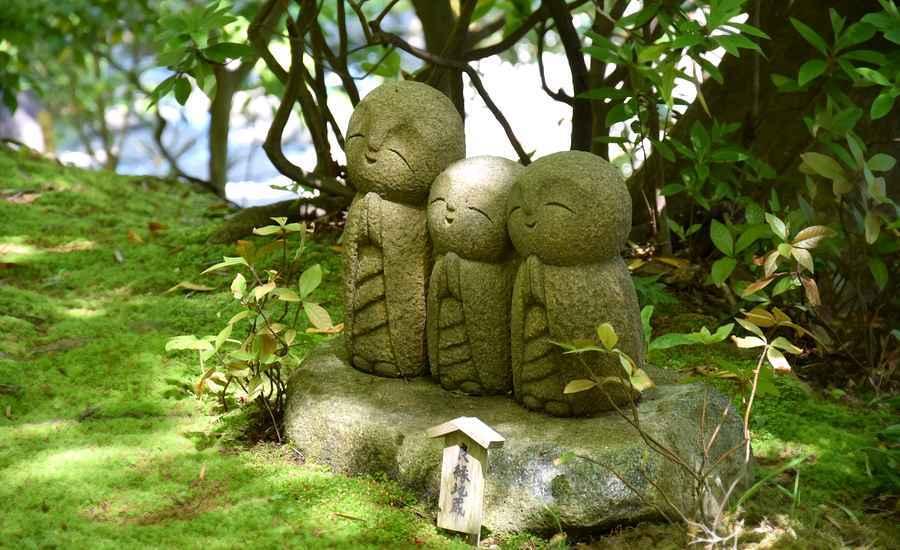Que seize la fête et revienne la quiétude  Japan-2520311_1280