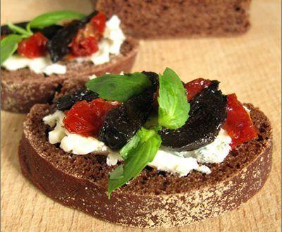 Ail noir : tous les bienfaits de ce super-aliment Anti-pasti-ail-noir-la-table-de-diog%C3%A8ne-est-ronde400-e1521378311643