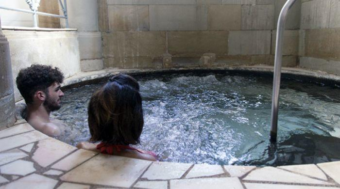 eaux chaudes